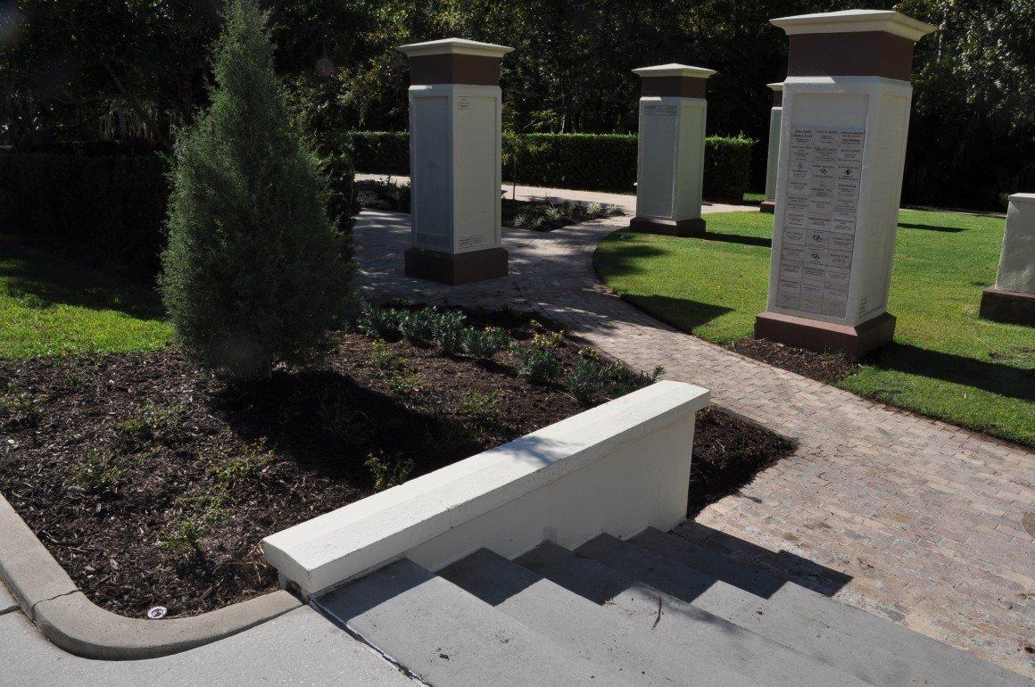 11-14-2018 Memorial Garden replanting