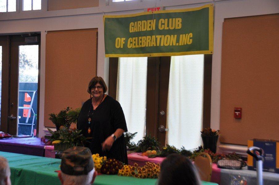 2019-11-20 Flower demonstration by Margaret Kirkpatrick