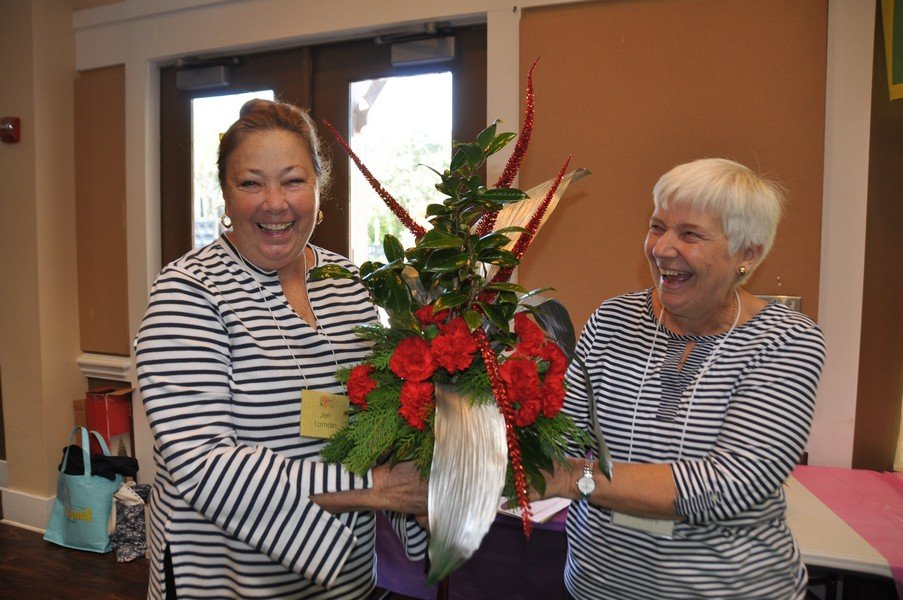 2019-11-20 Flower demonstration by Margaret Kirkpatrick